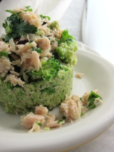 broccoli quinao and tuna